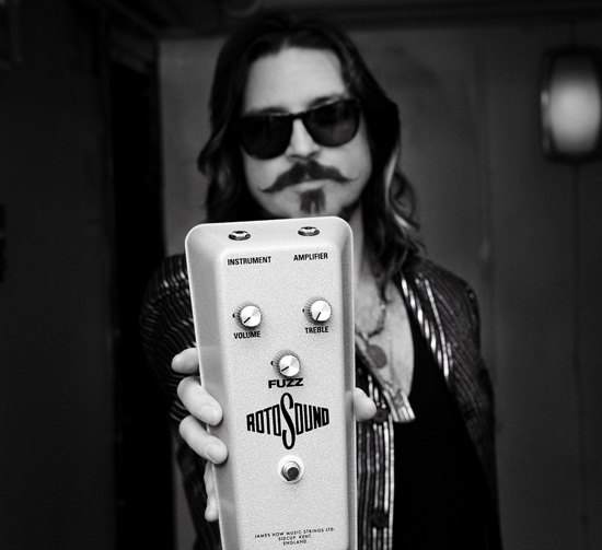 Gnr rival sons eagles of death metal guitarists endorse rotosound s