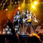 kiss: USA (Glendale),  December 1, 2009