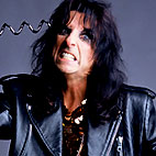alice cooper: Canada (Thunder Bay) August 20, 2004
