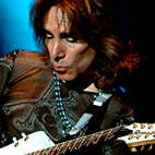 steve vai: Hong Kong, August 3, 2004
