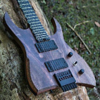 Hufschmid: H7 Headless Baritone