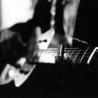 How to Improvise Blues Guitar Solos That Move Your Audience