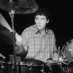 Former Oasis Drummer Wants Gallagher Brothers Reunion