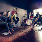 No Doubt Premieres 'Push And Shove' Single