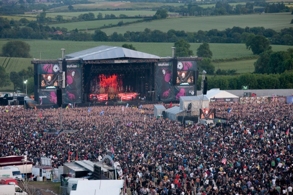 Download Festival 2013: First Headliner To Be Revealed Tonight