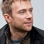 Blur Singer Damon Albarn to Record Solo Album