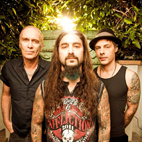 The Winery Dogs Stream 'Unleashed in Japan 2013'