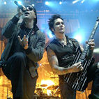 A7X Pull Fan Onstage for Guest Appearance During Concert, Fan Masterfully Shreds the Song