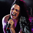 Evanescence Singer Amy Lee Welcomes First Child