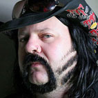Vinnie Paul Has 'Found Peace' 10 Years After Witnessing Brother Dimebag's Murder