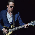 Joe Bonamassa Shares Top 5 Tips for Guitarists: 'Work on Styles You Don't Play for Living'