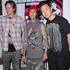 Blink-182 Announce Release Date For 'Dogs Eating Dogs' EP