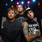 Blink-182 Unveil 'Folky' Christmas Song 'Boxing Day' - Listen