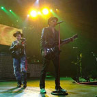 Izzy Stradlin Joins GN'R On Stage
