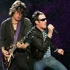 Stone Temple Pilots Singer Scott Weiland: 'I'm Open To A Velvet Revolver Reunion'