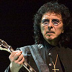 Tony Iommi on Cancer Diagnosis: 'I Dont Want to Die, I Want to Carry on and Do What Im Supposed to Do'