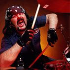 Vinnie Paul: 'Avenged Sevenfold Are the Biggest Metal Band Going Today'