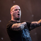 Phil Anselmo: 'I Don't Own a Phone, Don't Do Facebook or Any of That Sh-t'