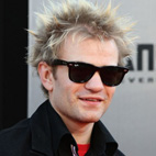 Sum 41's Deryck Whibley Plays First Show Since Hospitalization for Alcoholism