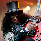 Slash Offers Song Download To Benefit Charity
