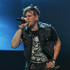 James Durbin Pays Tribute To Ronnie James Dio
