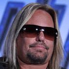 Vince Neil Tries To Punch Fan