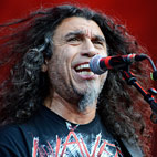 Tom Araya Doubtful About Playing in Slayer: 'Why Am I Doing This Now?'