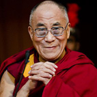 Check Out the Dalai Lama Hanging With Patti Smith at Glastonbury