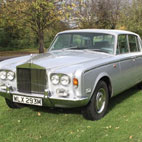 Queen: Freddie Mercury's 1974 Rolls Royce Up For Auction
