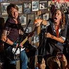 Steve Tyler Joins Keith Urban for ZZ Top/Aerosmith Mash-Up