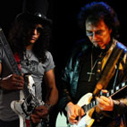 Slash: 'Tony Iommi Deserves a Medal'