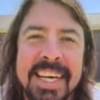 Dave Grohl Reacts to Those 1,000 People Playing Foo Fighters Song By Granting Them Their Wish