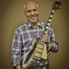 Peter Frampton Reunited With Lost Guitar After 32 Years