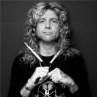 Steven Adler: 'Axl Is Driving GN'R Into The Ground'