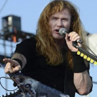 Dave Mustaine on Online Haters: 'I Own Those B-tches'