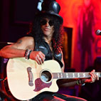 Slash Posts New Studio Update, More Killer Riffs, 'Far and Above the Last Record'