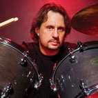 Dave Lombardo: 'Slayer to Go on After All Originals Are Gone'
