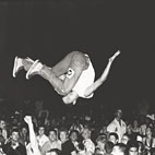 Friday Fun: Craziest Stage Dives