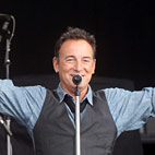 Bruce Springsteen Announces UK And Ireland Tour Dates For 2013