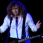Dave Mustaine Tells Fans To Revolt Against Obama