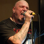 Paul DiAnno Bashes Bruce Dickinson: 'I Don't Sing Opera and I'm Not a Ballerina'