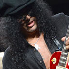 Slash 'Unconcerned' by Duff Rejoining Guns N' Roses