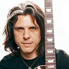 Alex Skolnick Shares Guitar Advice: 'Too Often, Vibrato Seems to Be in Control of Guitarist'