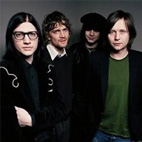 Raconteurs Return To The Stage