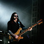 Motorhead Asks Fans Not To Buy Their Record
