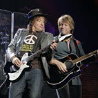 Jon Bon Jovi: 'Richie Sambora Can Come Back Anytime He Wants'