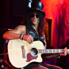 Velvet Revolver Singer Auditions Are 'Coming Up,' Slash Explains