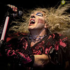 Dee Snider Thanks UG Readers For 'Sexiest Chick' Poll