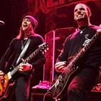 Alter Bridge Post First 'Fortress' Studio Clip Online