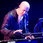 Dream Theater's Rudess: 'Streaming Services Won't Allow Creative Musicians to Survive'